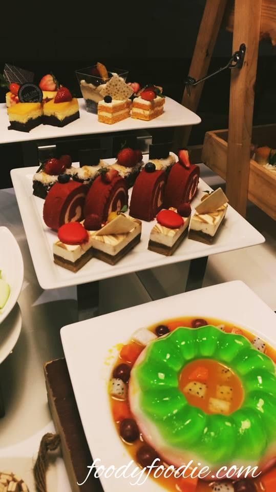 homemade dessert seafood buffet restaurant bangkok