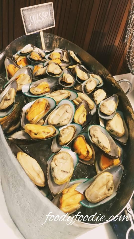mussel seafood buffet restaurant bangkok