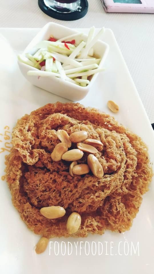 Delicious Thai food restaurant in Bangkok - Nittaya Kai Yang 2