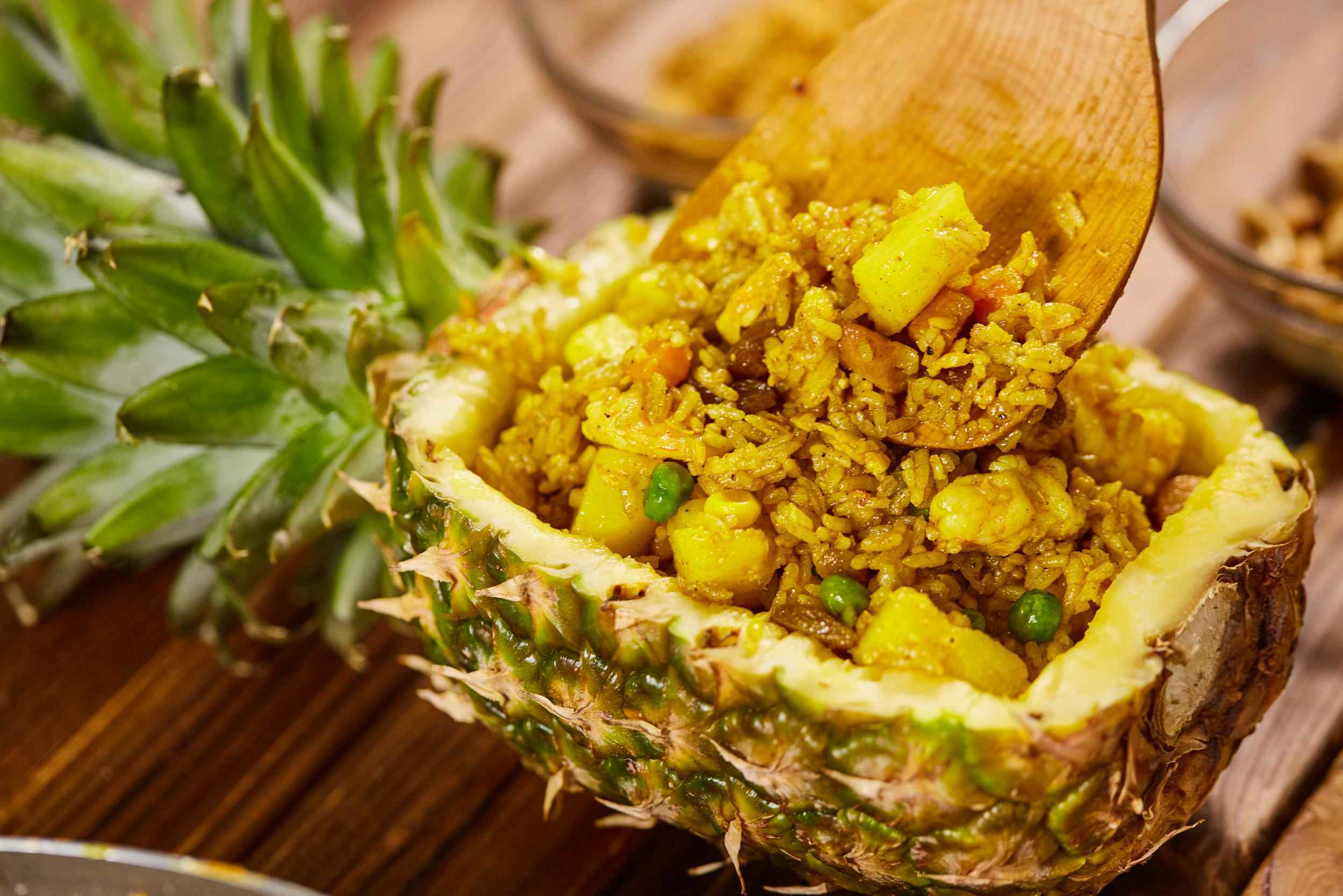 (Recipe) Thai Style Pineapple Fried Rice